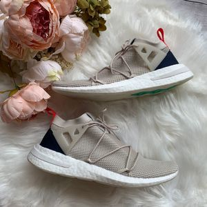 NWT Womens Adidas ARKYN Knit Sneakers